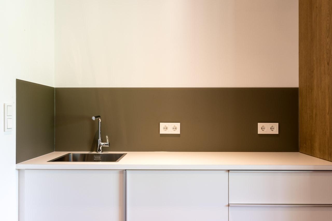 B&W Glasbau Rückwand Verglasung Wand Küche