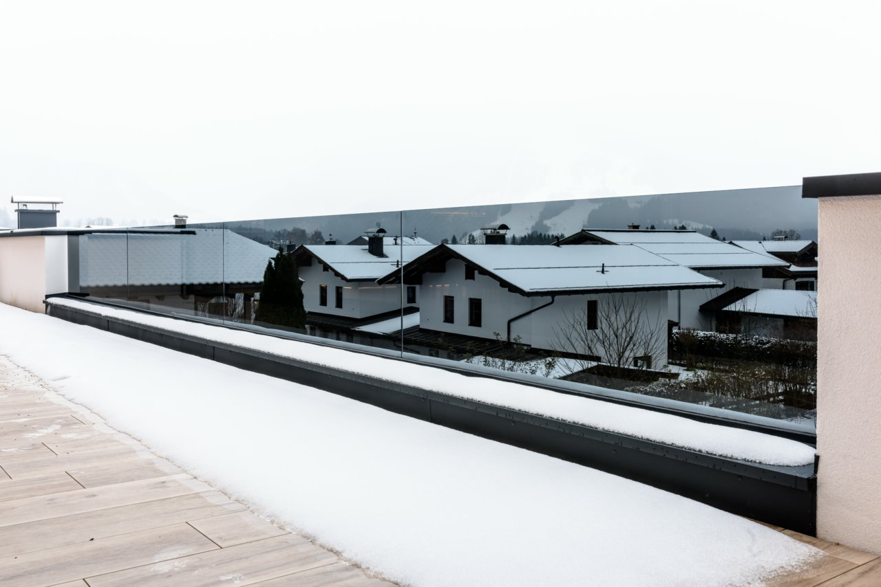 B&W Glasbau Geländer Verglasung Brüstung Absturzsicherung
