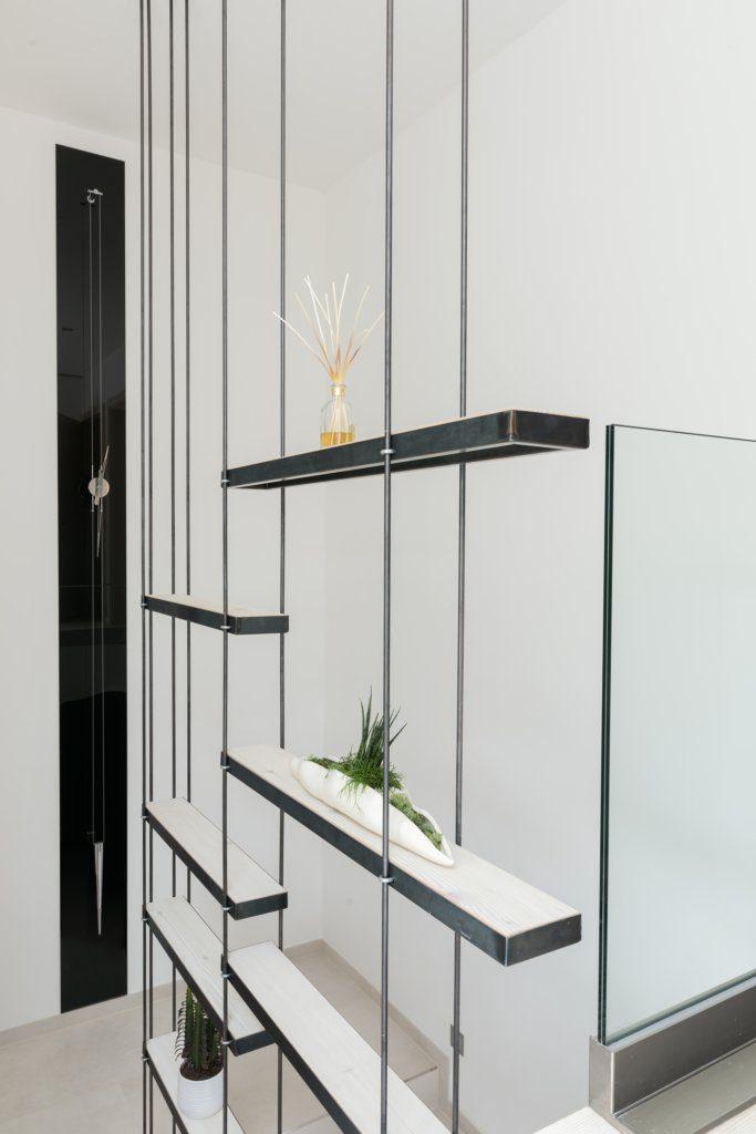 B&W Glasbau Verglasung Regal Raumabteilung