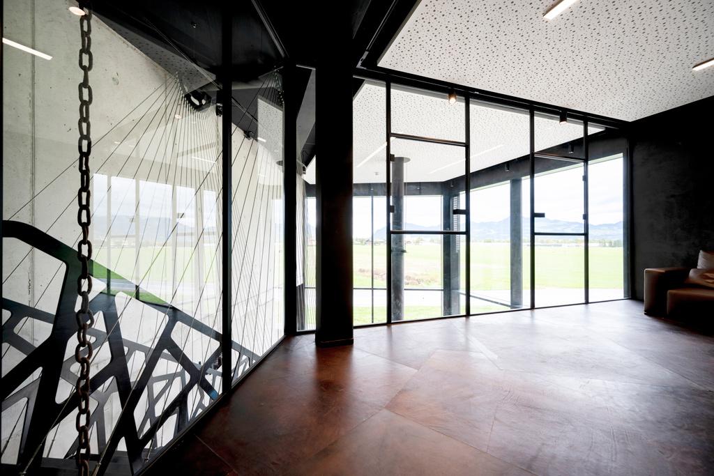 B&W Glasbau Kirchbichl, Ganzglasverglasung, Verglasung, Ganzglasanlage