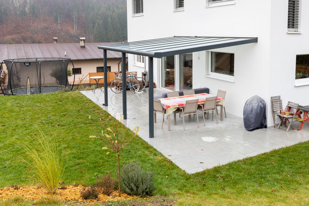 B&W Glasbau Kirchbichl Glasdach Dach Sicherheit Teilvorgespanntenglas Terrassenüberdachung