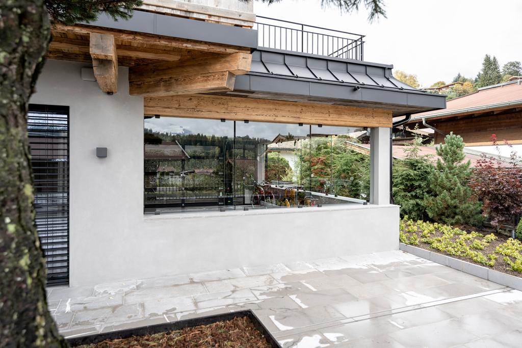 B&W Glasbau Kirchbichl Verglasung Fenster Sicherheit Teilvorgespanntenglas