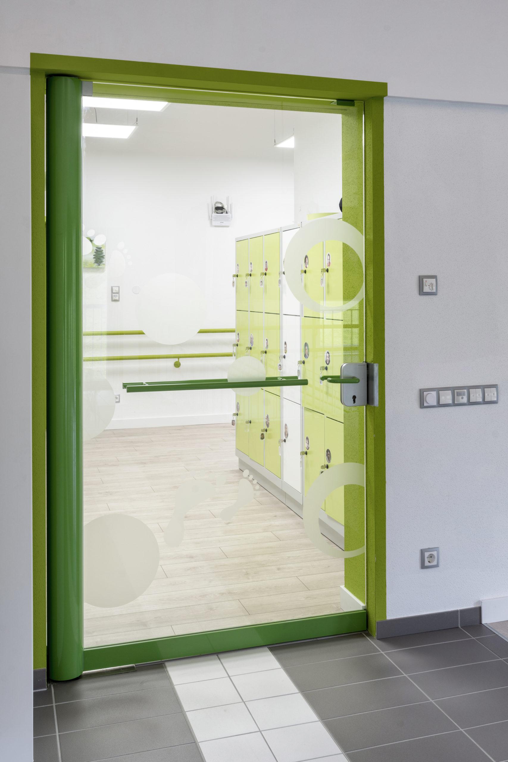 B&W Glasbau Kirchbichl Verglasung Glastür ESG Einscheibensicherheitsglas