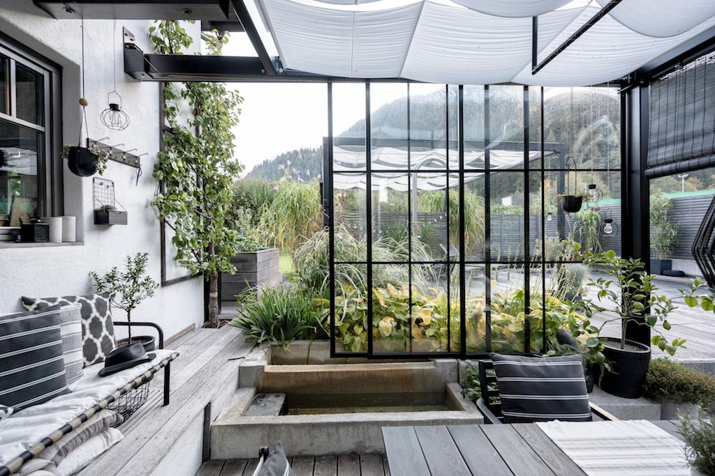 B&W Glasbau Kirchbichl Verglasung Glastür Schiebetür Trennelement Terrasse