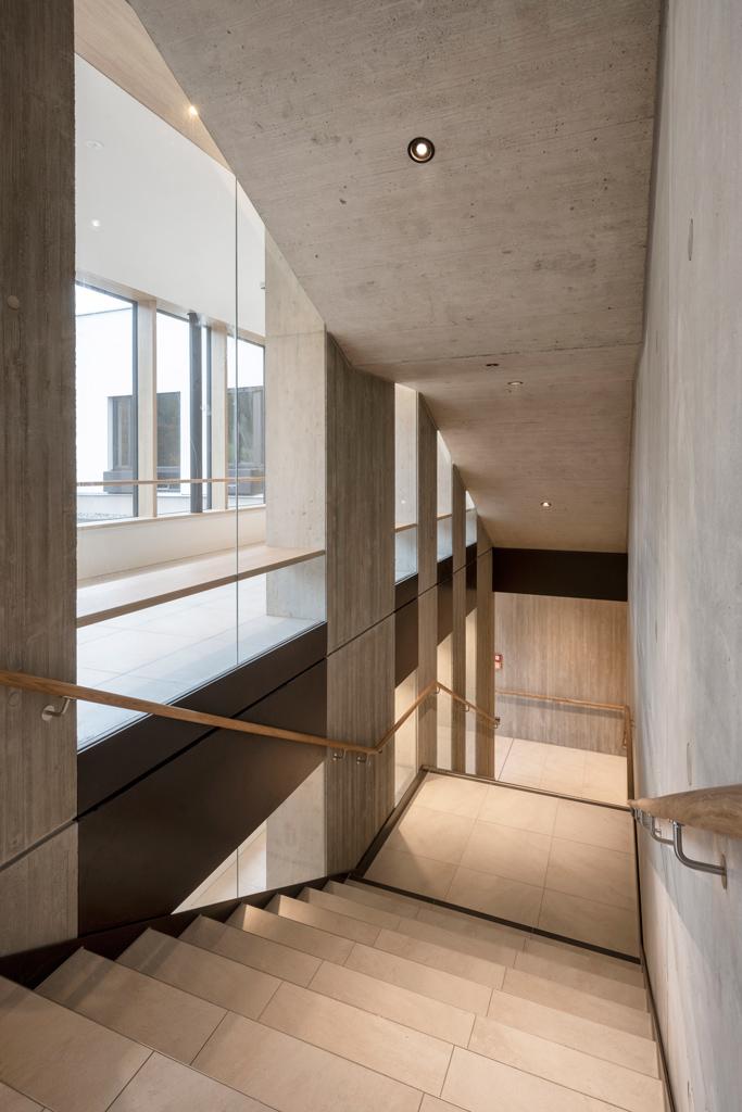 B&W Glasbau Kirchbichl Verglasung Treppe Geländer Brüstung
